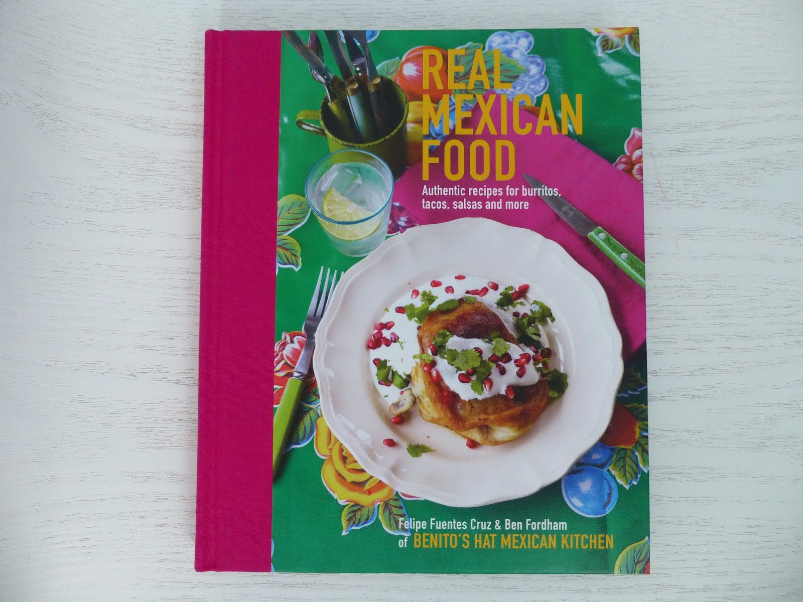 The hungry seagull book review real mexican food by felipe unsurprisingly its a book about mexican food cruz and fordham run benitos hat a chain of mexican restaurants in london which aims to serve up authentic forumfinder Image collections