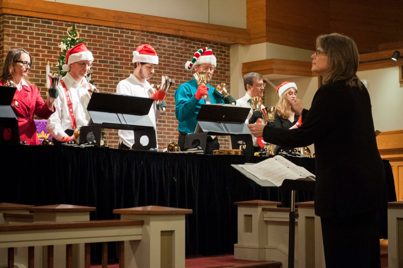 The sounds of Christmas resonate at Ring and Sing 2014
