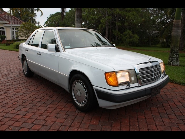 Daily turismo 5k 1991 mercedes benz w124 300e for Mercedes benz 300e parts