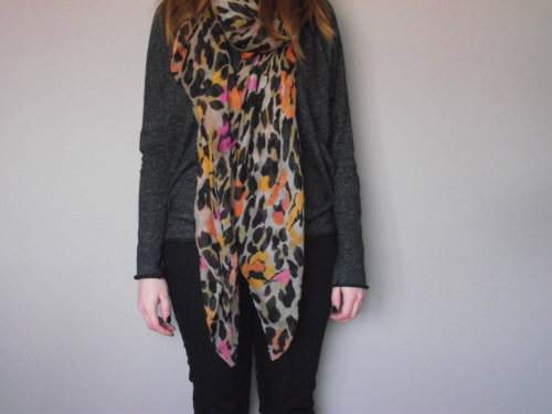 colourful-leopard-print-scarf