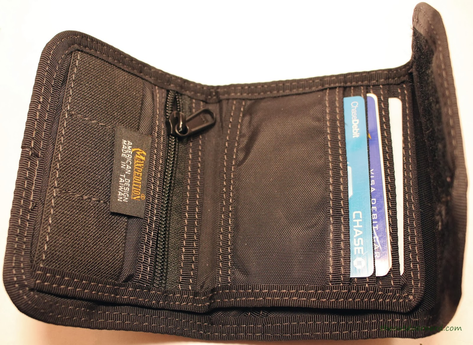 Maxpedition C.M.C Wallet - Closeup Of Card Slots 2