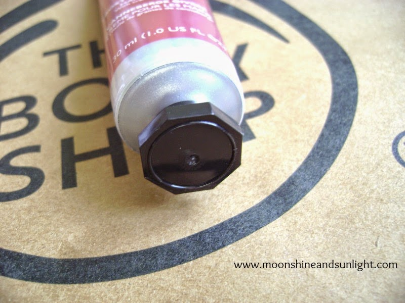 Frosted Cranberry HandCream from The Body Shop || Review || Experience at the Forum Mall Bangalore Store