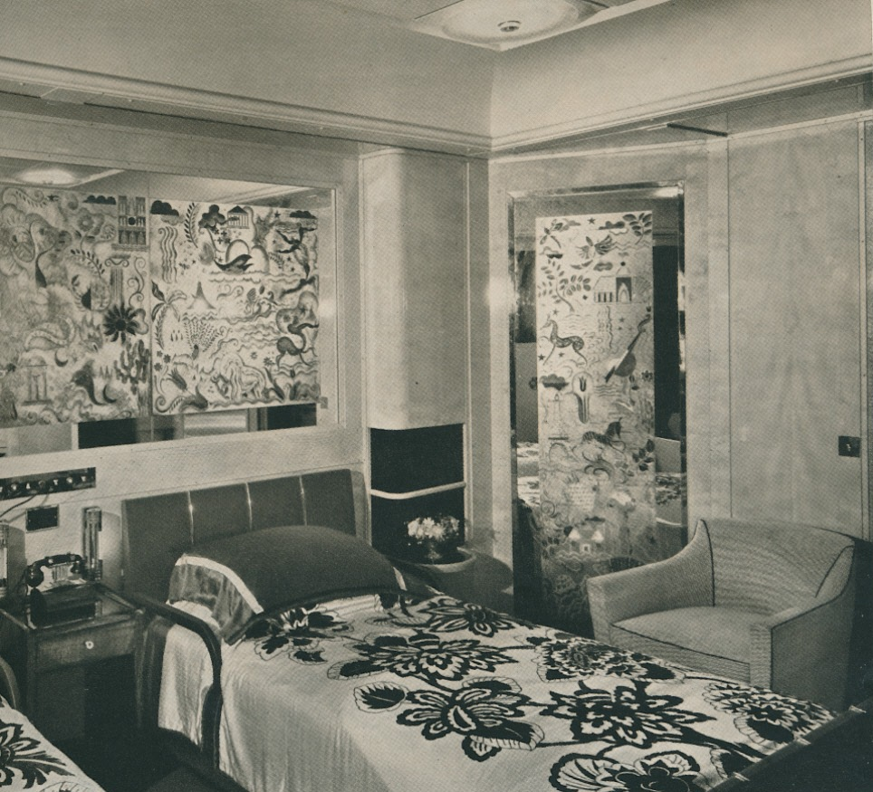 The peak of chic rouen suite on the normandie for Interieur art deco