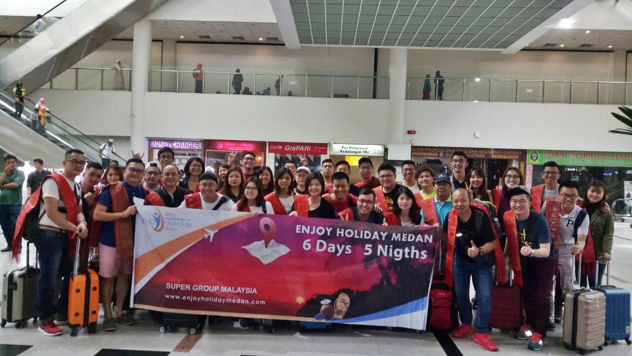 6D5N Medan - Berastagi Highland - Lake Toba Tour + Agro Tour Taman Simalem Resort