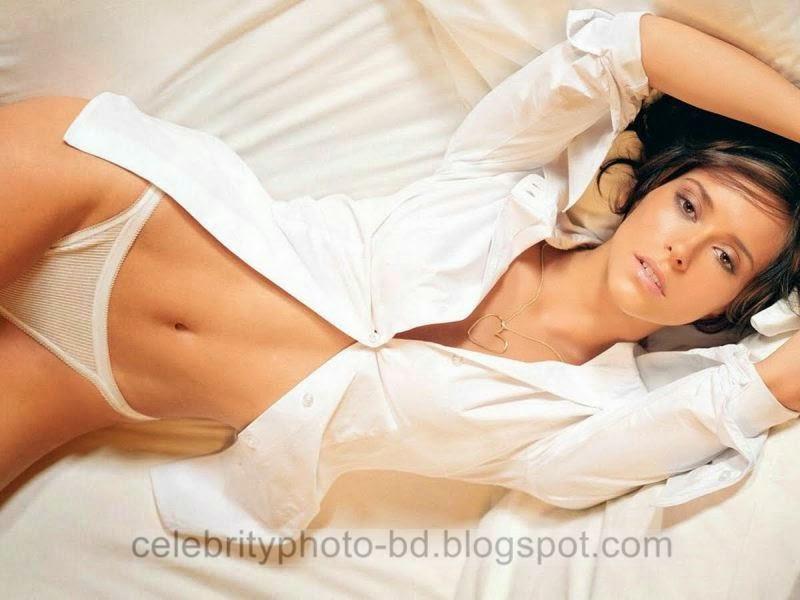 Jennifer+Love+Hewitt+Latest+Hot+Photos+With+Short+Biography001