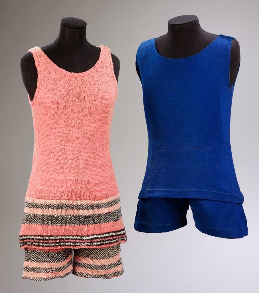 Vestuario de Le Train Bleu - Trajes de baño diseñados por Coco Chanel