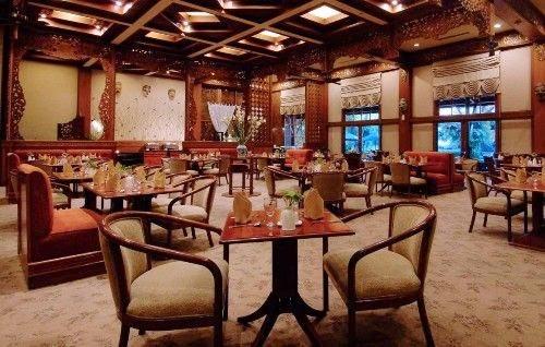 Singgasana_Hotel_Surabaya