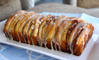 Chocolate Therapy: Cinnamon Roll Pull Apart Bread