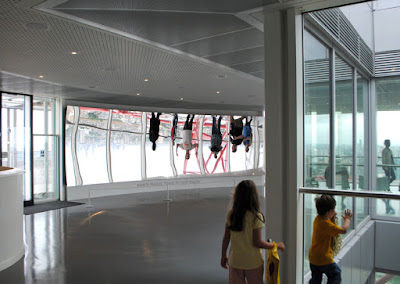 Kapoor concave mirror in ArcelorMittal Orbit