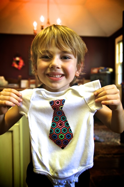 Easy DIY baby onesie, present to baby from sibling