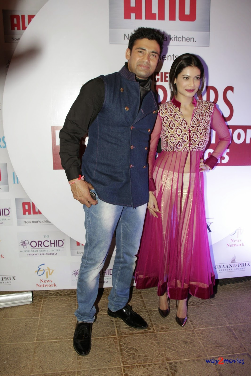 Amrita Rao and other Celebs grace 'Society Interiors Design Competition & Awards 2015'