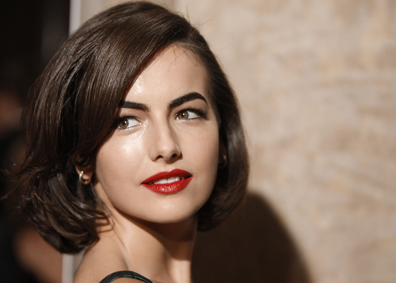 Victorian camilla belle hd wallpapers for Belle photo hd