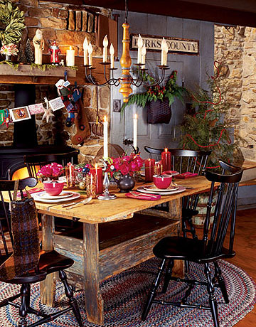 The Holiday Table | The Antiquer's Field Guide