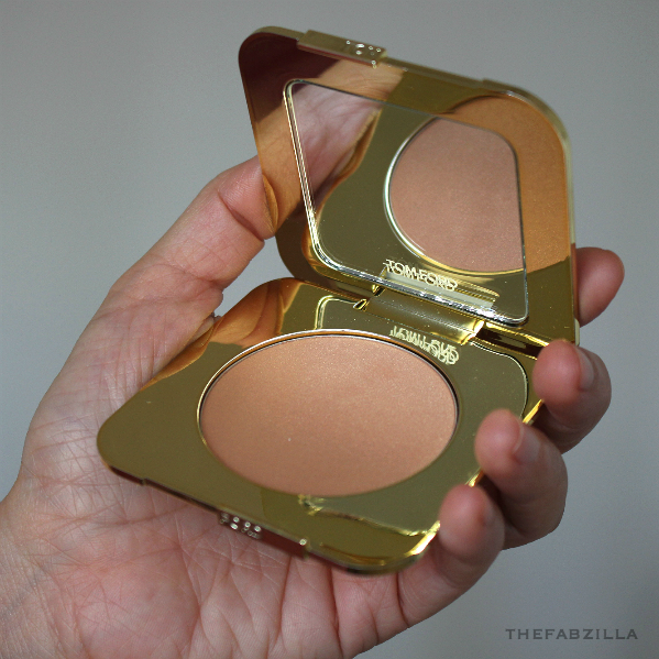 Tom Ford Summer 2015 Soleil Collection, Tom Ford Bronzing Powder Gold Dust, Tom Ford Cream & Powder Eye Color Naked Bronze, Review, Swatch, hourglass ambient light bronzer, charlotte tilbury bronze and glow, givenchy terre exotique, guerlain terracota powder duo