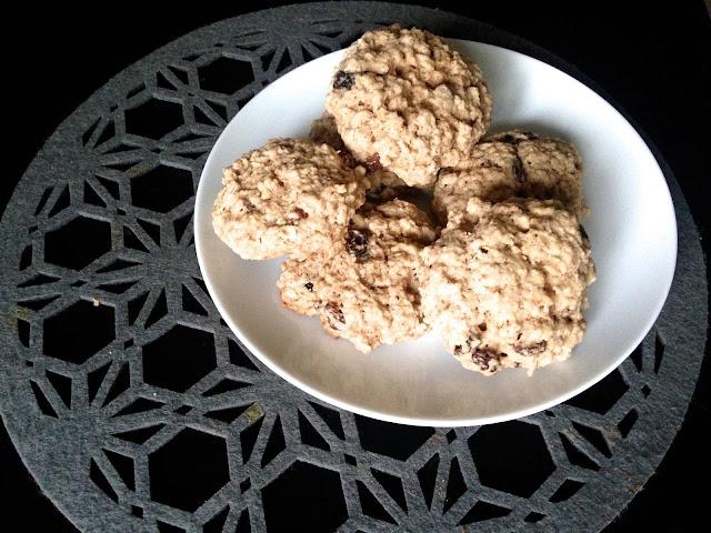 Delicious Cinnamon & Sultana Cookies
