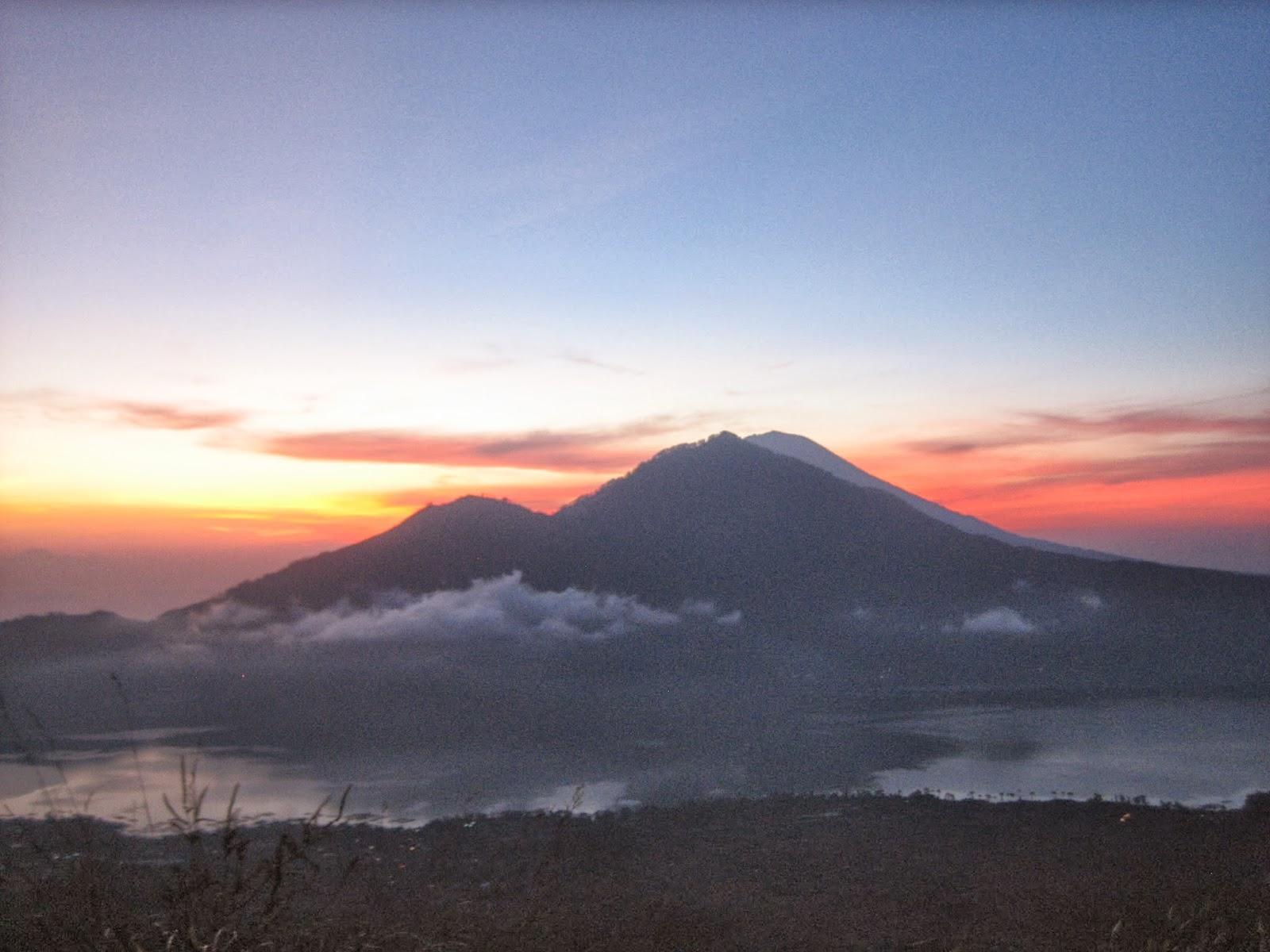 mt-batur-sunrise-trek-pineh-trekking-bali