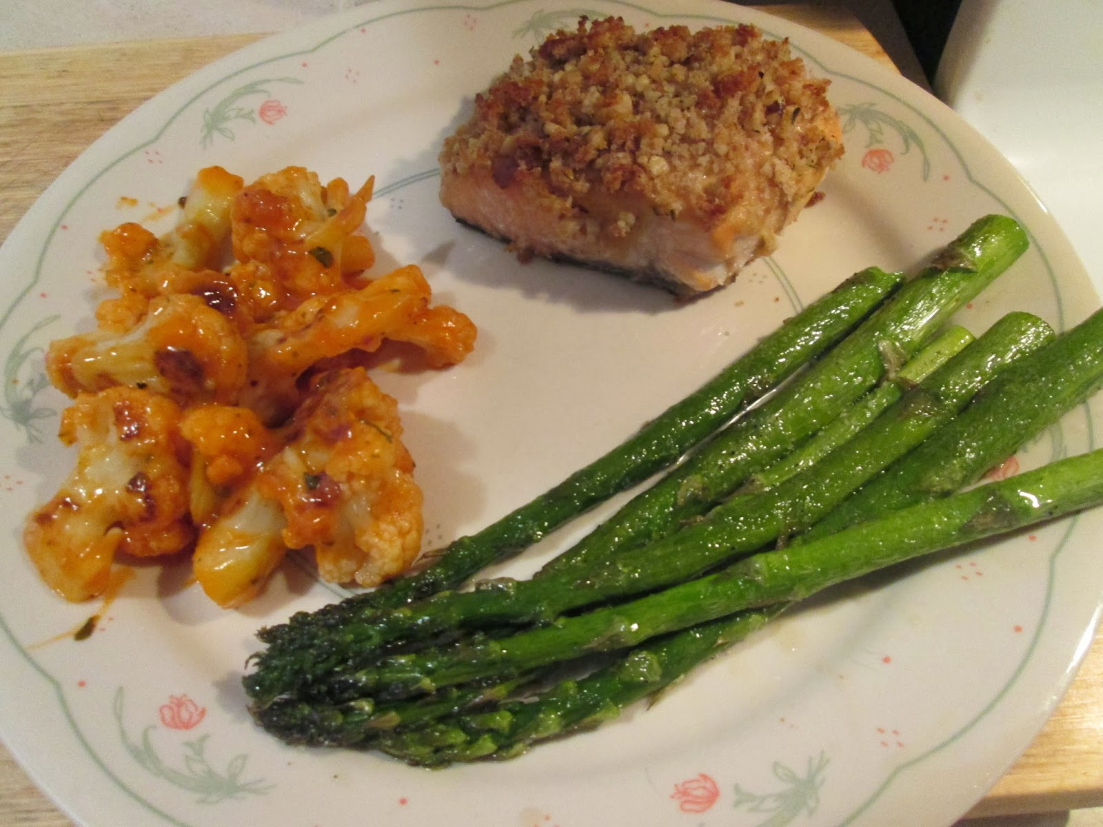 walnut-crusted salmon w/ buffalo roasted cauliflower and roasted asparagus