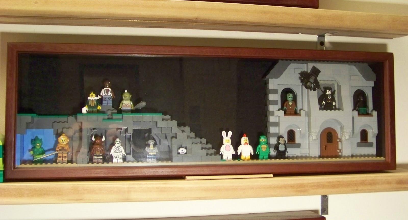 Cavort Lego Display Diorama Shadow Box