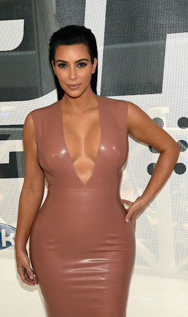 Kim Kardashian Mega Cleavage Show At Hype Energy Drinks U.S. Launch Event in Nashville, Tennessee