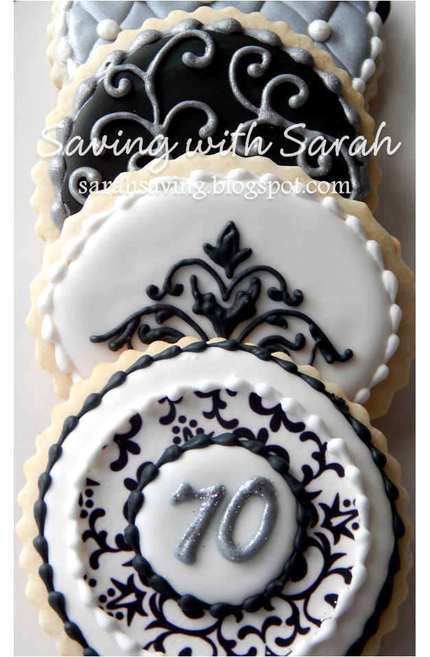 Saving with Sarah: Black, Silver and White Cookies
