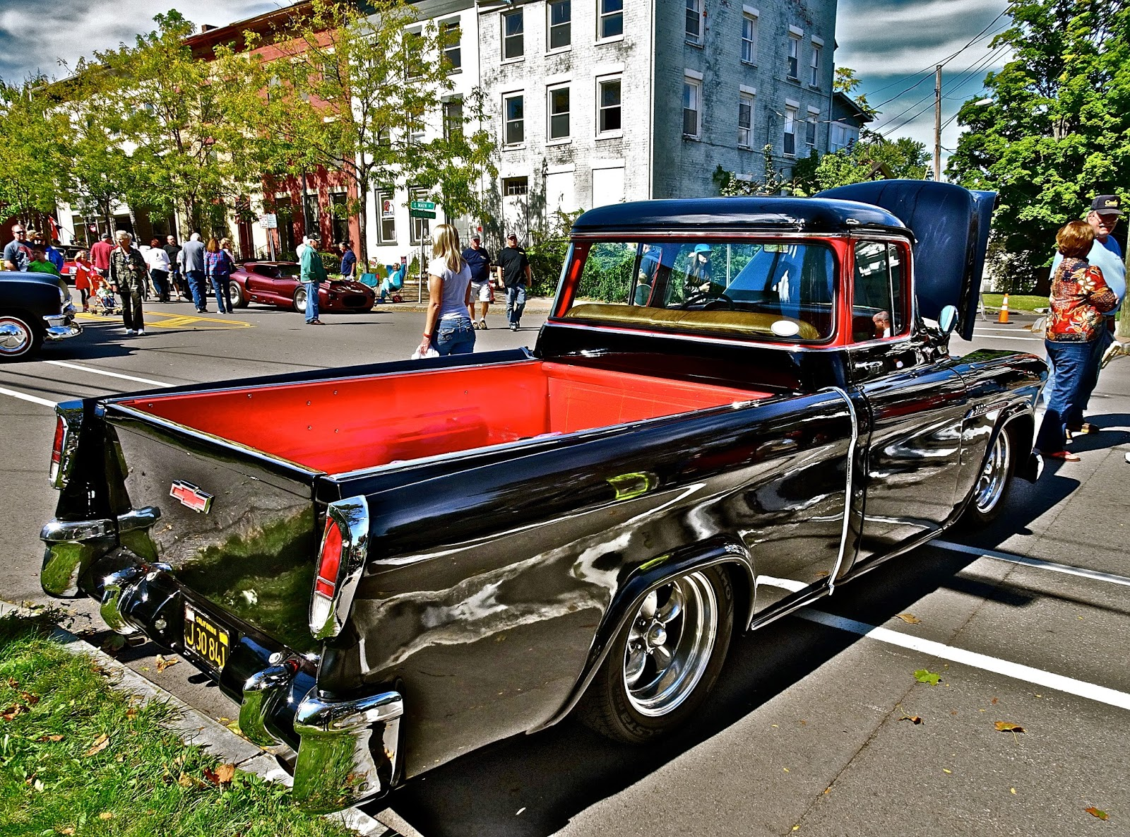 55 Chevy Cameo Tom The Backroads Traveller 1955 Truck Fasteners To Exterior Of Pickup Box Tailgate On Swings Down Cables That Retract Via Small Hidden Spring Loaded Pulleys
