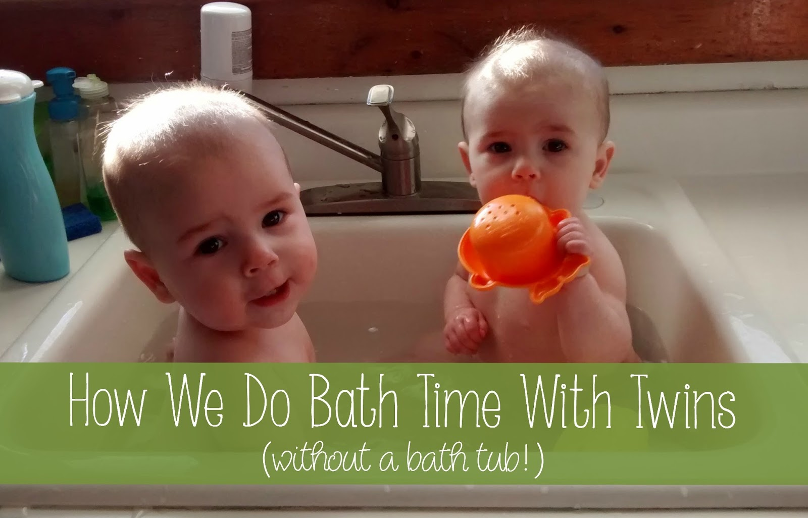 How We Do Bath Time With Twins (without a bath tub!)