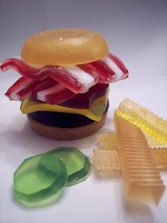تعالوا شوفوا تشكيلة الصابون تحفة جدا Krafto_vegan_burger_soap