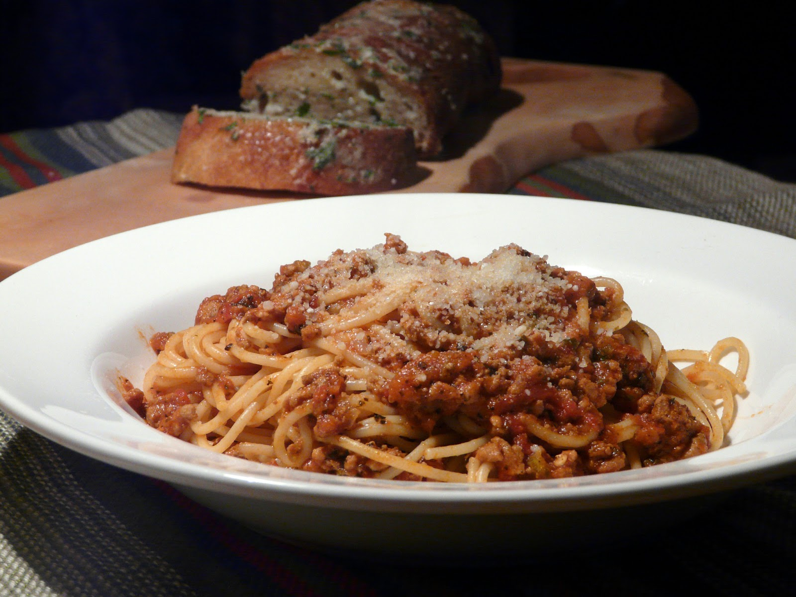 Thibeault's Table: Spaghetti Bolognese with Gorgonzola Garlic Bread