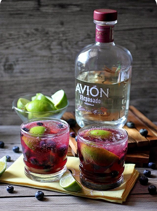 blueberry-lime cocktail