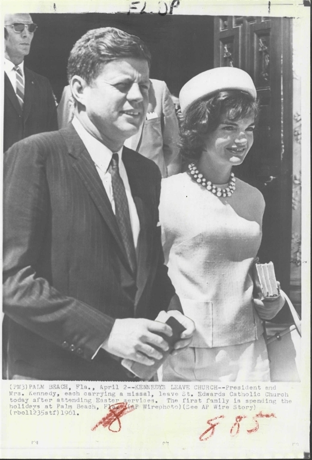 JFK & JACKIE (SA Bob Lilley, sunglasses)