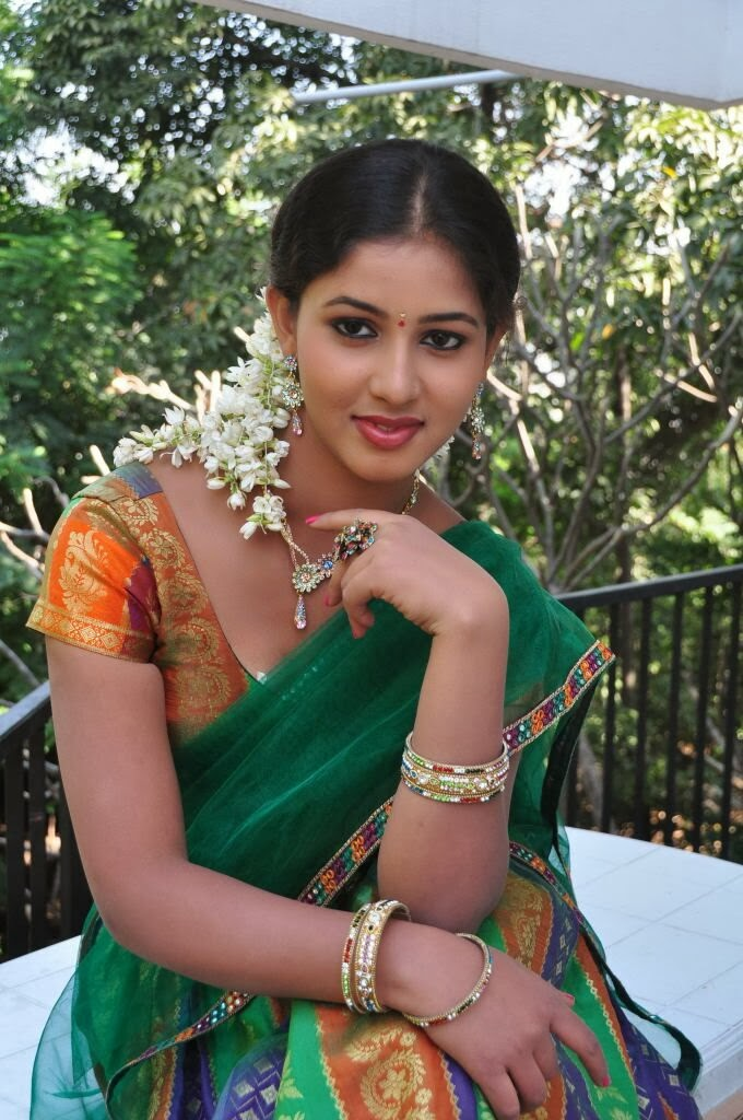 Greeshma Hot Photos in Half Saree at Oka Choopuke Padipoya Movie ...