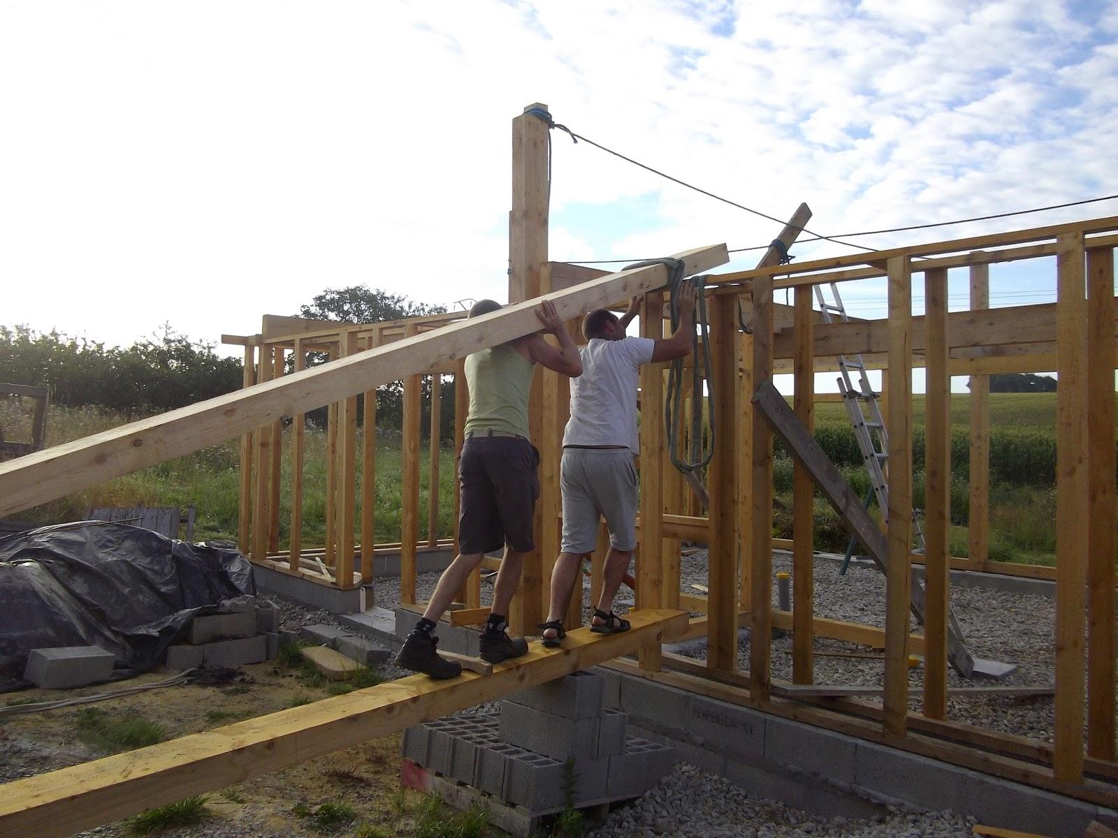 construction de notre maison en bois et paille ossature solivage et tage. Black Bedroom Furniture Sets. Home Design Ideas