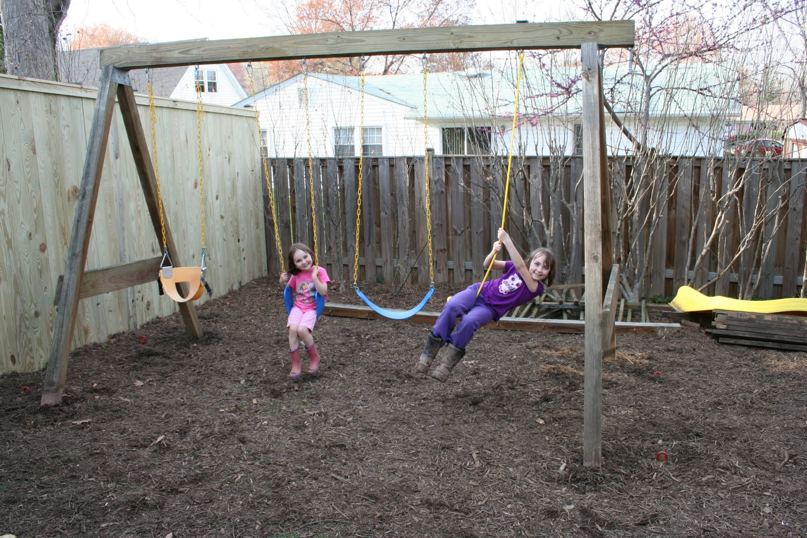 Dog Friendly Backyard Makeover : Pink and Green Mama  Backyard Makeover Kid Friendly Play Spaces