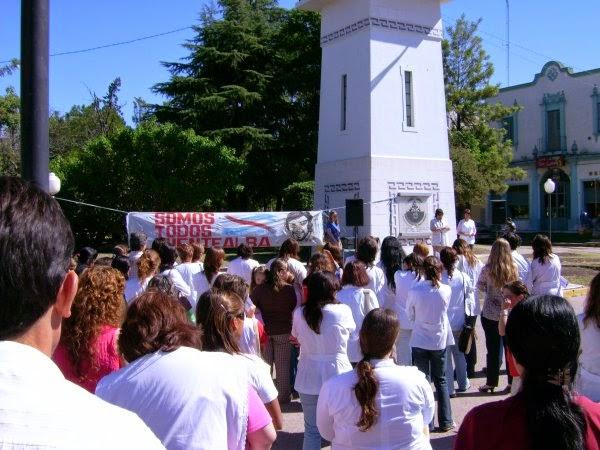 http://agmermariagrande.blogspot.com.ar/2013/10/prefigurar-otra-democracia-desde-la.html