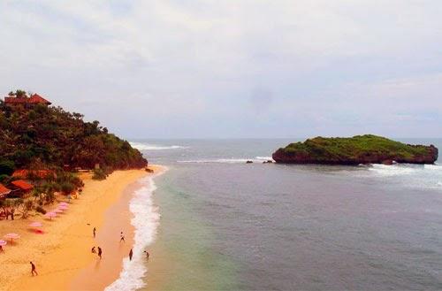 Wisata Pantai Sadranan Jogja
