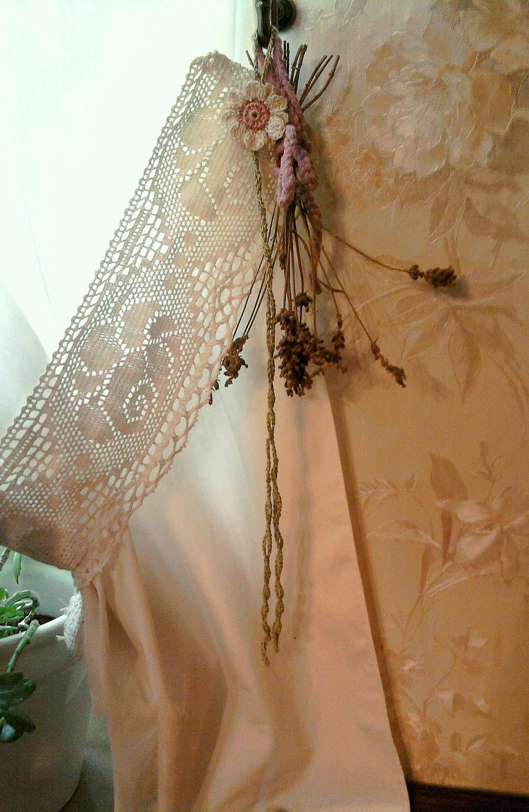 die h kel eule h keln und stricken bl mchen raffhalter deko. Black Bedroom Furniture Sets. Home Design Ideas