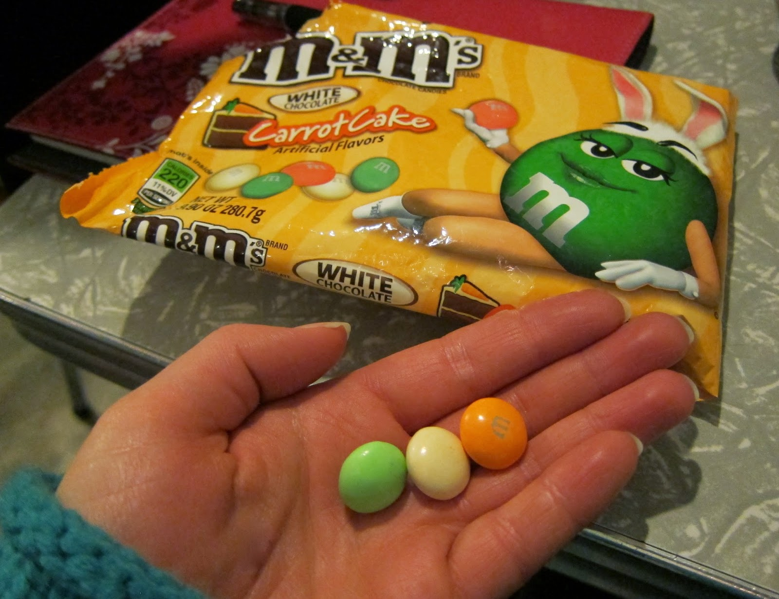 carrot cake m&ms seasonal