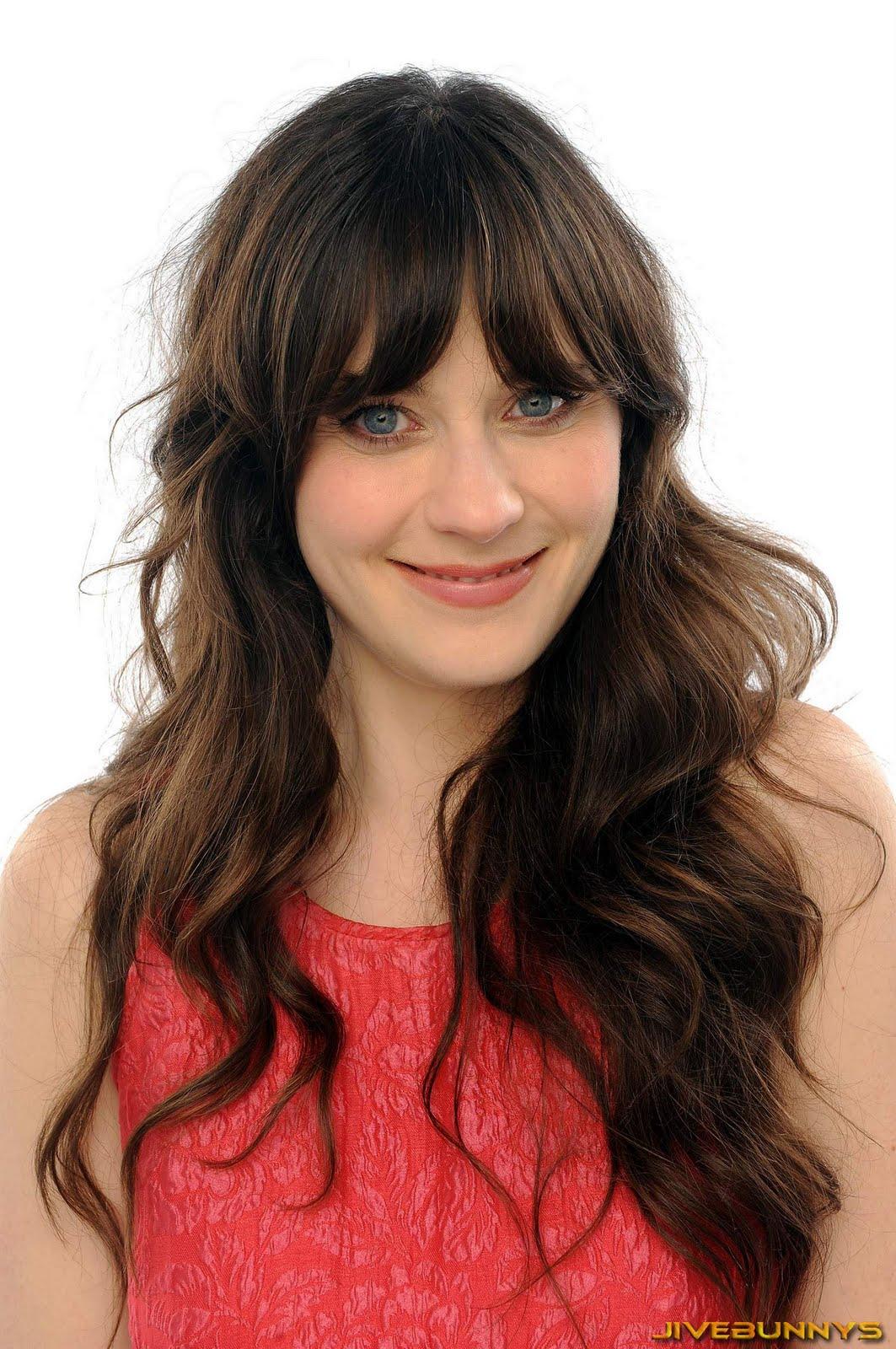 http://2.bp.blogspot.com/-KoucBurzEH0/TdS0KCkHH9I/AAAAAAACEiw/MzTXA_YMXWQ/s1600/zooey-deschanel-actress-448.jpg