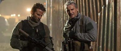 Futé (Bradley Cooper) et Hannibal (Liam Neeson) dans L'agence tous risques