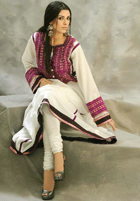Latest Churidar Neck Designs 2012 For Girls and Womens - fashion world