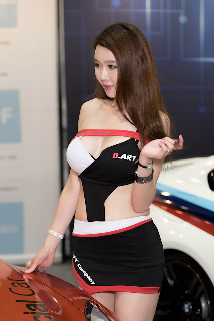 2 Yu Ri An - Seoul Auto Salon - very cute asian girl-girlcute4u.blogspot.com