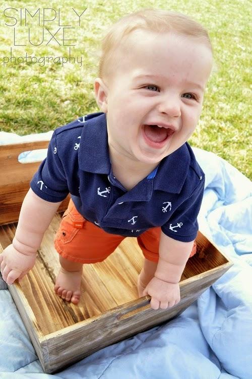 Une jolie image gratuite bébé garçon