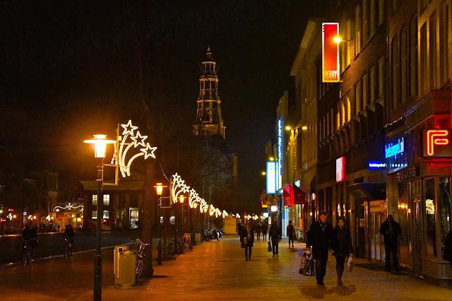 Afbeelding van Vismarkt en Aa Kerk in Groningen.