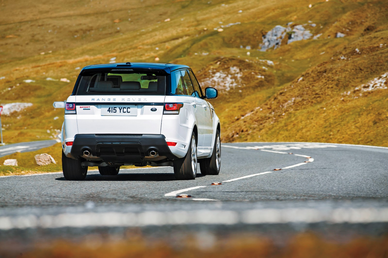 Land Rover Range Rover Sport Back View Image