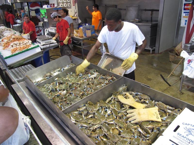 Watch me eat maine avenue fish market in washington dc for Maine fish market