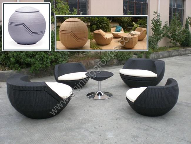 Modern outdoor furniture for Modern garden furniture