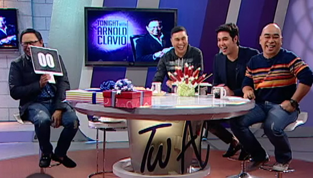 Arnold Clavio being interviewed by JoWaPao.