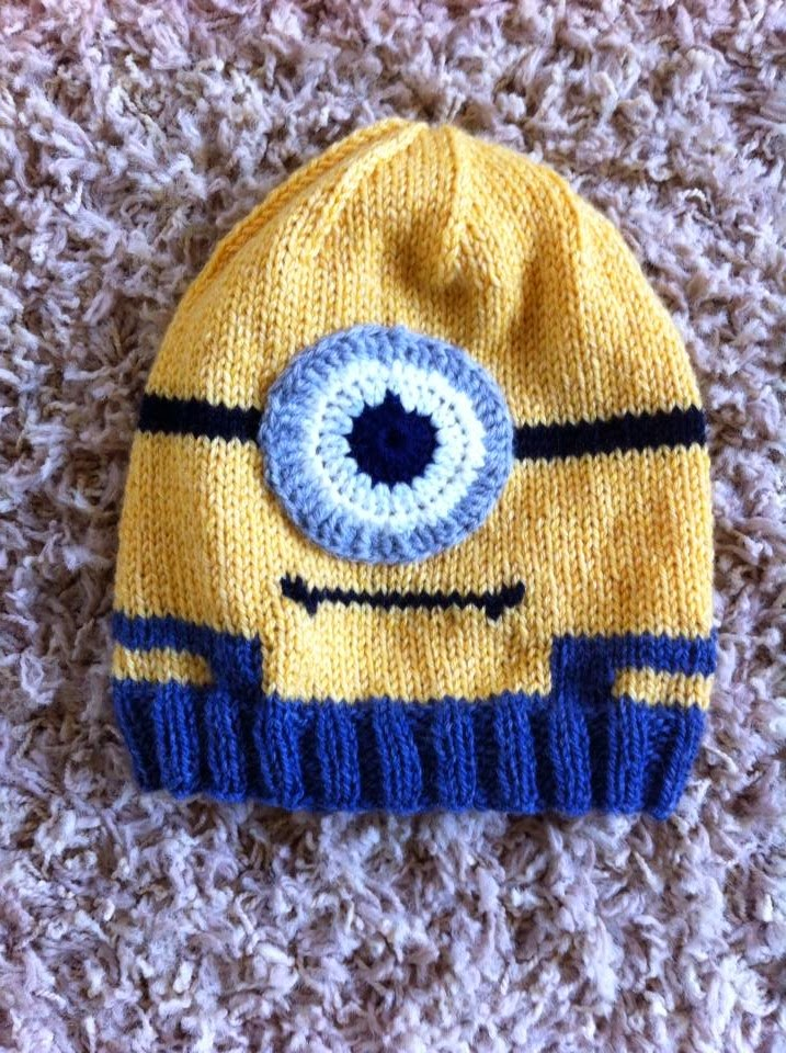 Minion Knit Hat Pattern Free : Hand Me Down Hobby: Minion In Overalls Hat