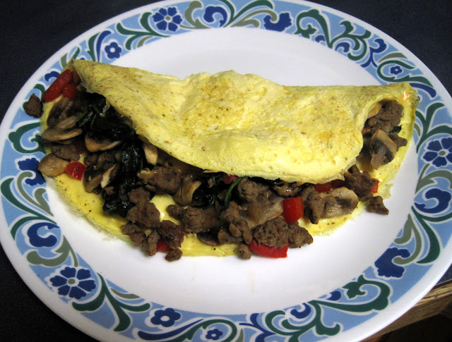 sausage mushroom spinach omelet