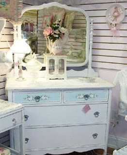 victorianage shabby chic on friday chapter x to the beach. Black Bedroom Furniture Sets. Home Design Ideas